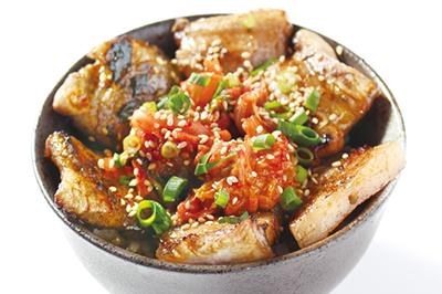 【夜限定】豚バラキムチ丼